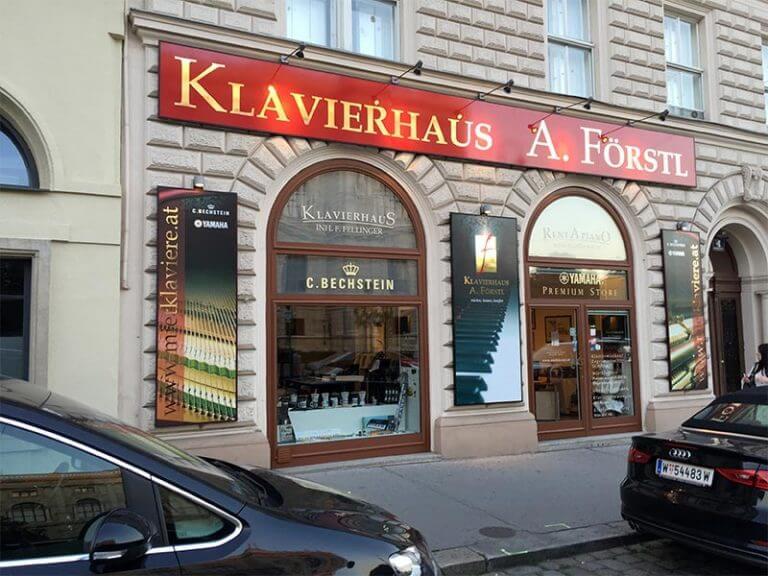 3 reklamna tabula klavierhouse-small